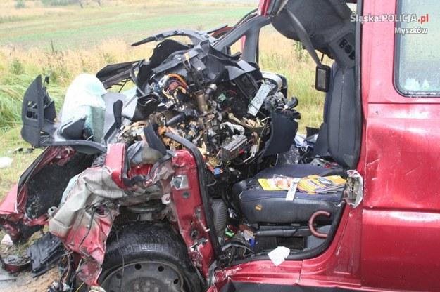 W wyniku wypadku śmierc poniosły dwie osoby /Policja