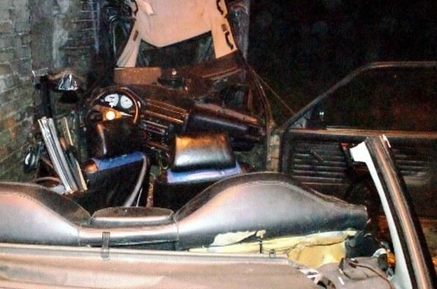 W wypadku zginęło 3 młodych mężczyzn /Policja