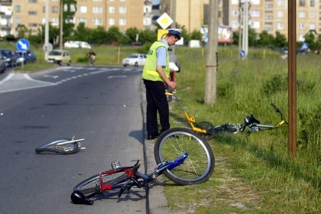 W zeszłym roku na polskich drogach zginęło 371 rowerzystów /Agencja SE/East News
