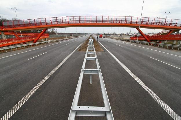 W zeszłym roku oddano do użytku ponad 700 km dróg / Fot: Jan Graczyński /East News