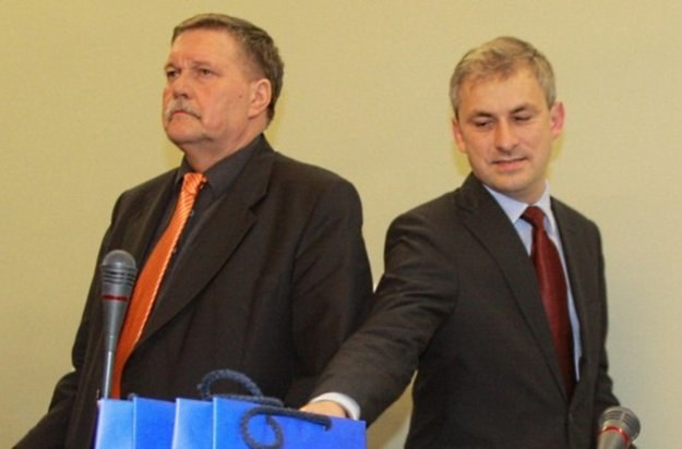 Wacław Martyniuk i Grzegorz Napieralski /Reporter