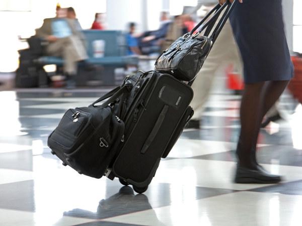 Waga bagażu podręcznego nie powinna przekraczać 10 kg (ale zależy to od linii lotniczych, w niektórych może wynosić nawet 20 kg) /© Panthermedia