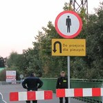 Wałbrzych: Żołnierze szukają niebezpiecznych materiałów