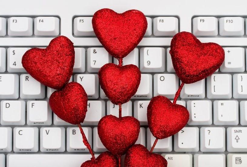 Walentynki to nie tylko święto zakochanych, ale także... hakerów /©123RF/PICSEL