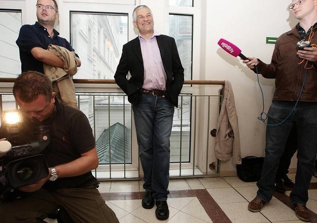 Walter Mayer (w środku). /AFP