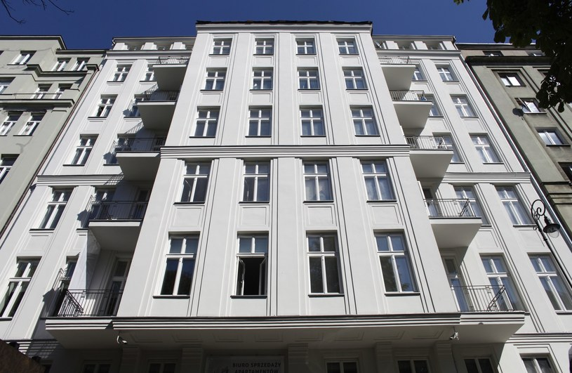Warszawa; na zdjęciu budynek przy ulicy Noakowskiego 16 /Stefan Maszewski /Reporter