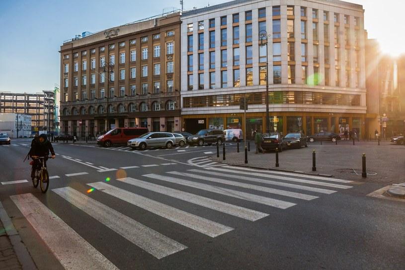Warszawa: Plac Pięciu Rogów /Adam Burakowski /Reporter