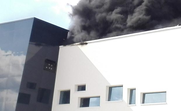 Warszawa: Pożar na budowie centrum handlowego