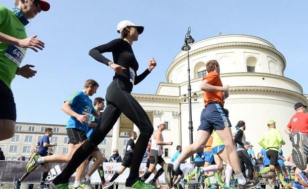 Warszawa: Spore utrudnienia w ruchu z powodu Maratonu Warszawskiego
