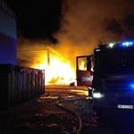 Warszawa: Wielki pożar sortowni śmieci