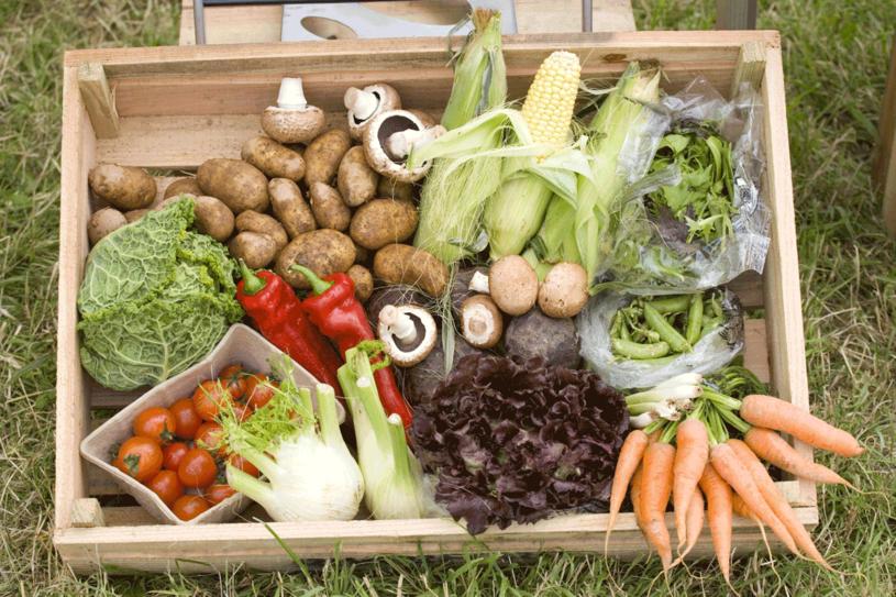 Warto się przekonać do jedzenia produktów prostych a odżywczych. /123RF/PICSEL