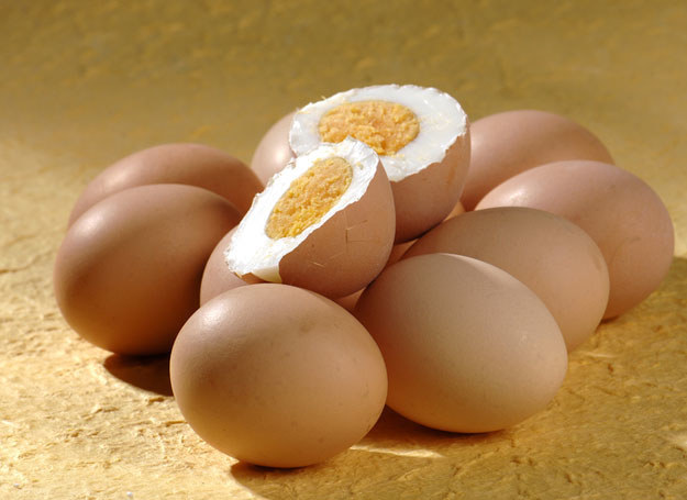 Warto wybierać jaja, które są pochodzenia ekologicznego /© Panthermedia