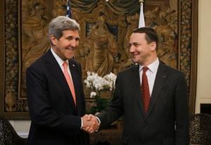 Waszczykowski: Kerry w Polsce by sprzedać broń