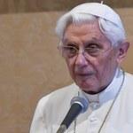 Watykan zataił część listu Benedykta XVI. Teraz ujawnia całość