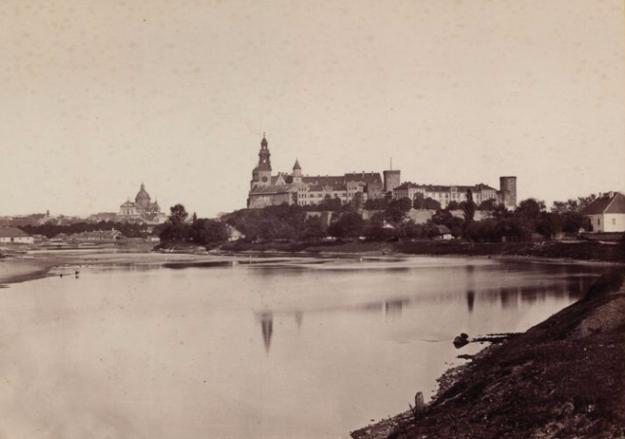 Wawel około roku 1880 /Polona / Domena publiczna /INTERIA.PL