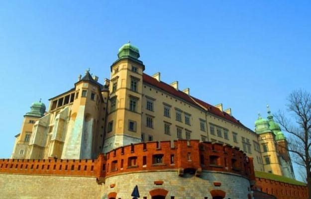 Wawelski zamek czy Sukiennice są bardzo dobrze chronione przed pożarem /© Panthermedia