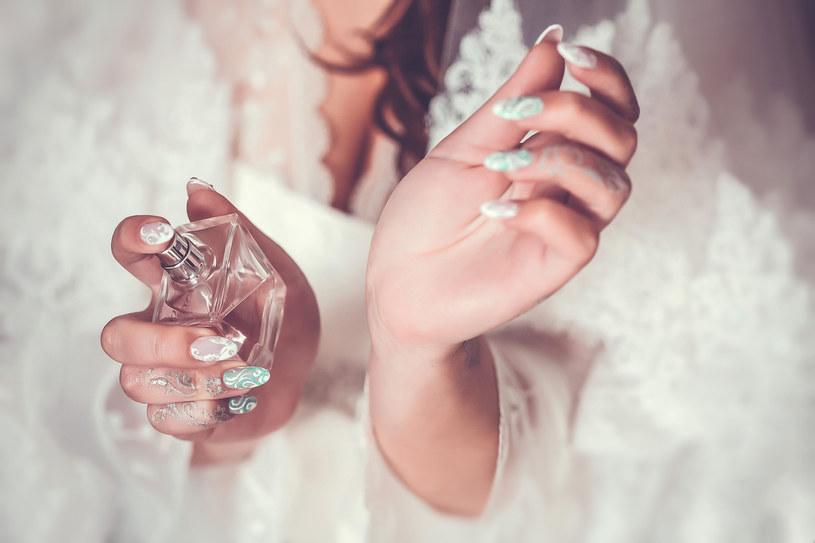 Wazelina i perfumy? To połączenie idealne /©123RF/PICSEL