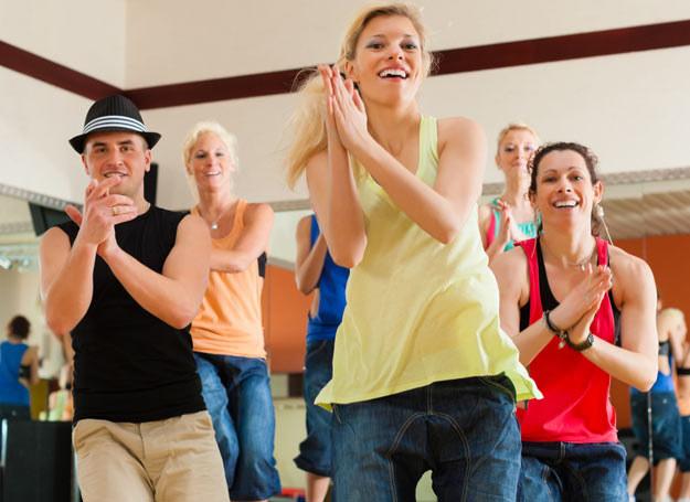 Ważne aby taniec był spontaniczny i naturalny /©123RF/PICSEL
