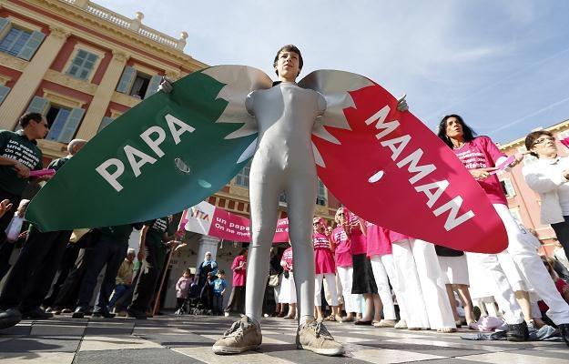 """We Francji trwają protesty przeciw """"małżeństwom homoseksualnym"""" /AFP"""
