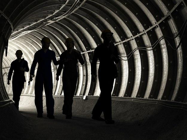 Według Bogusława Ziętka bez podwyżek płac w górnictwie ta branża szybko sama się zwinie /123RF/PICSEL