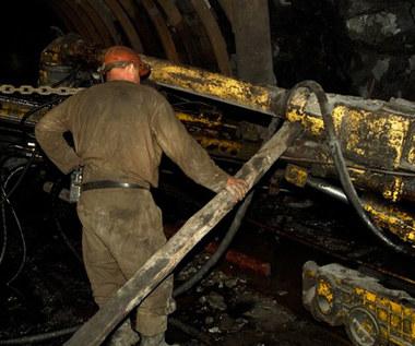 Węgiel na równi pochyłej