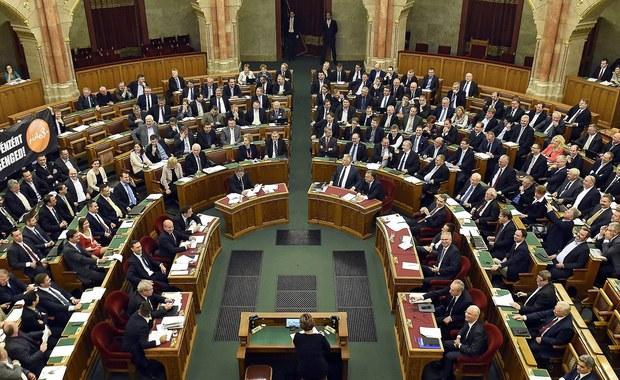 Węgry: Nie przyjęto nowelizacji konstytucji dotyczącej zakazu osiedlania cudzoziemców