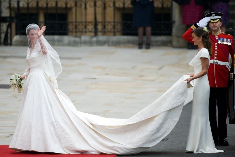 Welon i tren księżnej Kate miały niespełna 3 metry długości /East News