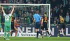 Werder Brema - VfB Stuttgart 6-2. Tytoń bezradny po błędach kolegów
