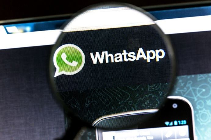 WhatsApp należy do Facebooka /123RF/PICSEL