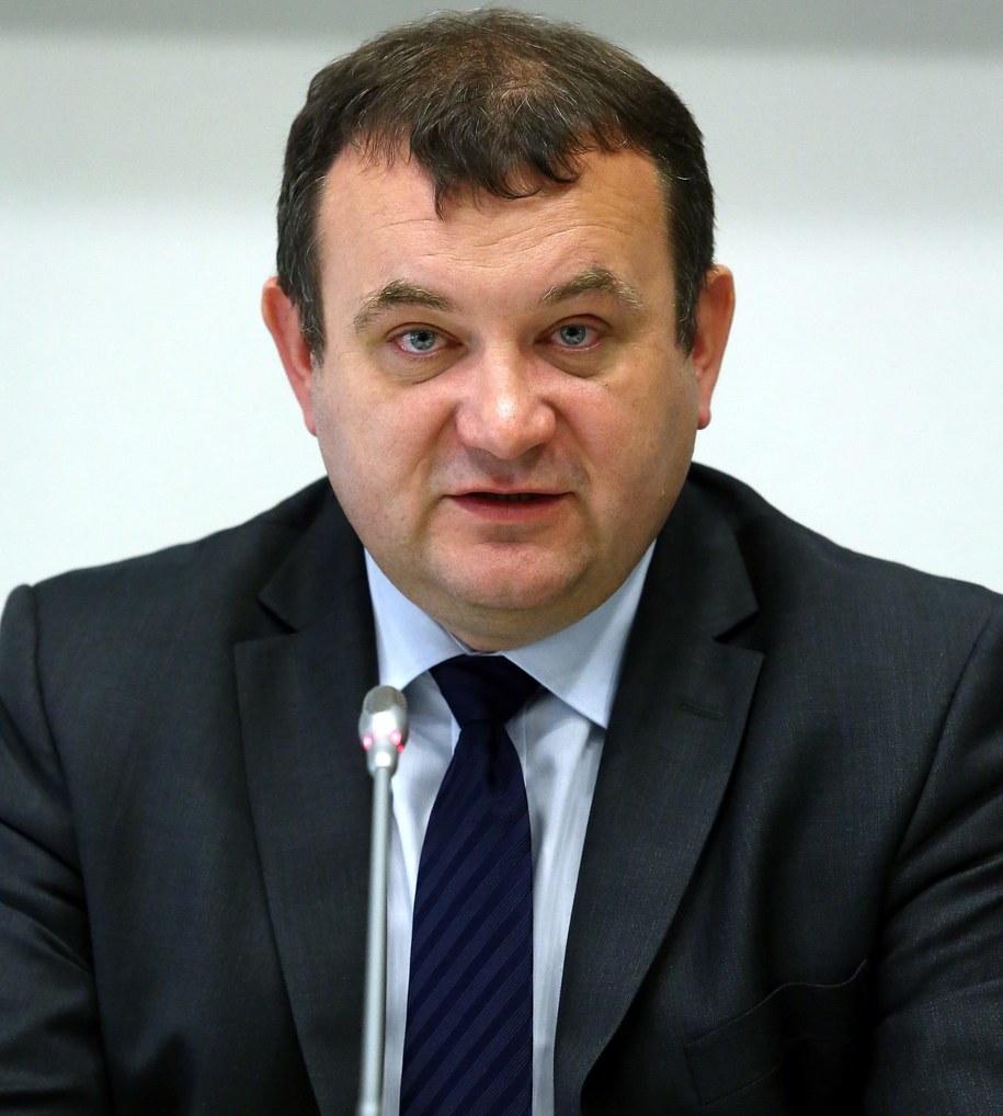 Wiceminister środowiska Stanisław Gawłowski /PAP/Tomasz Gzell /PAP