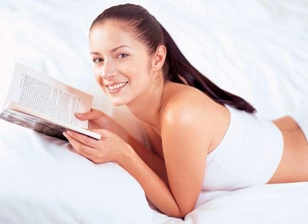 Większość Amerykanek zamiast seksu wybrałoby książkę... /INTERIA.PL