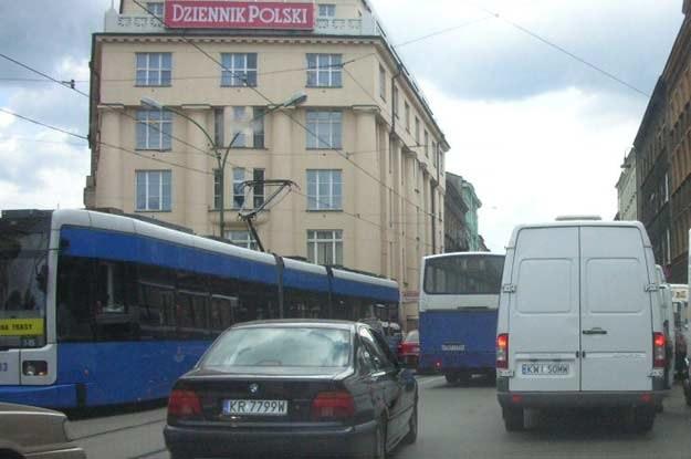 Większość lokalnego transportu odbywa się przy udziale busów /INTERIA.PL