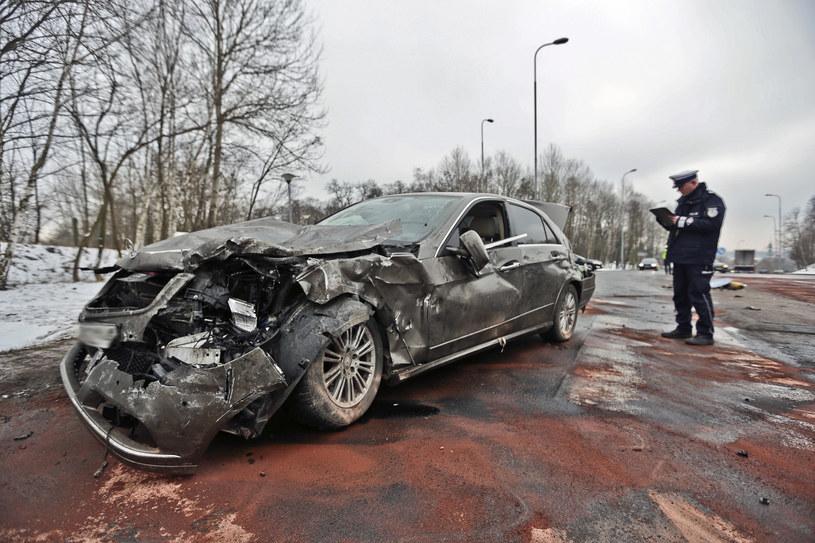 Większość wypadków w Polsce wcale nie była spowodowana nadmierną prędkością /Piotr Jędzura /Reporter