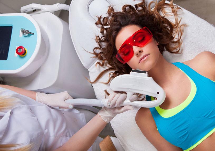 Większość zabiegów nie wymaga specjalnego przygotowania, wystarczy oczyścić twarz /Picsel /123RF/PICSEL