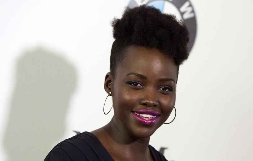 Wiele hollywoodzkich aktorów, w tym Lupita Nyong'o, podkreśla z jakimi nierównościami Afroamerykanie muszą się borykać /East News