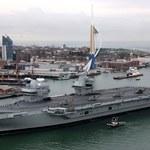 Wielka Brytania: Potężny lotniskowiec wchodzi do służby. Wcześniej doszło do incydentu