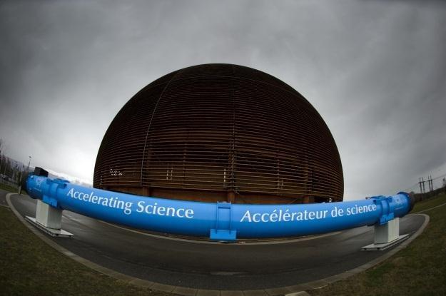 Wielki Zderzacz Hadronów znowu działa /AFP