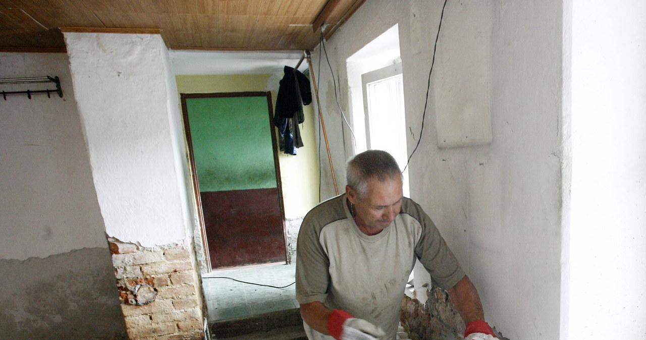 Wielkie popowodziowe sprzątanie w Bogatyni
