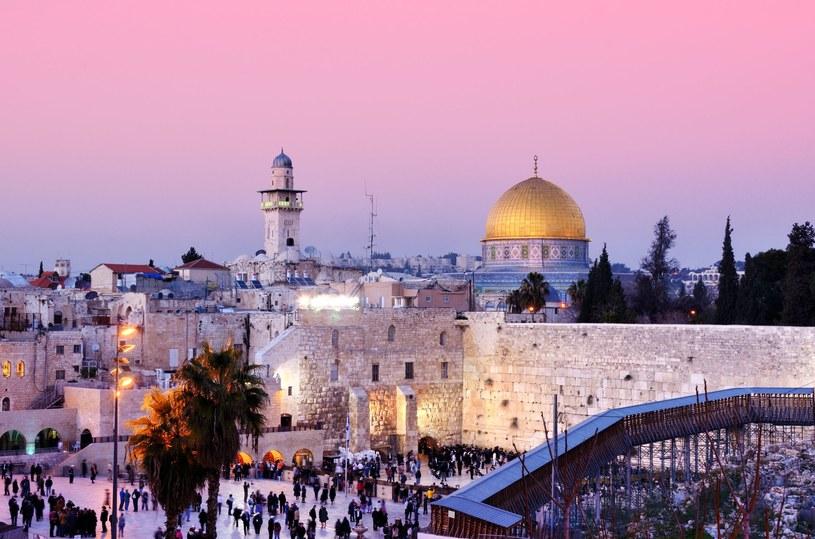 Wielu marzy o tym, by odwiedzić Jerozolimę w trakcie wielkanocnych świąt /123RF/PICSEL