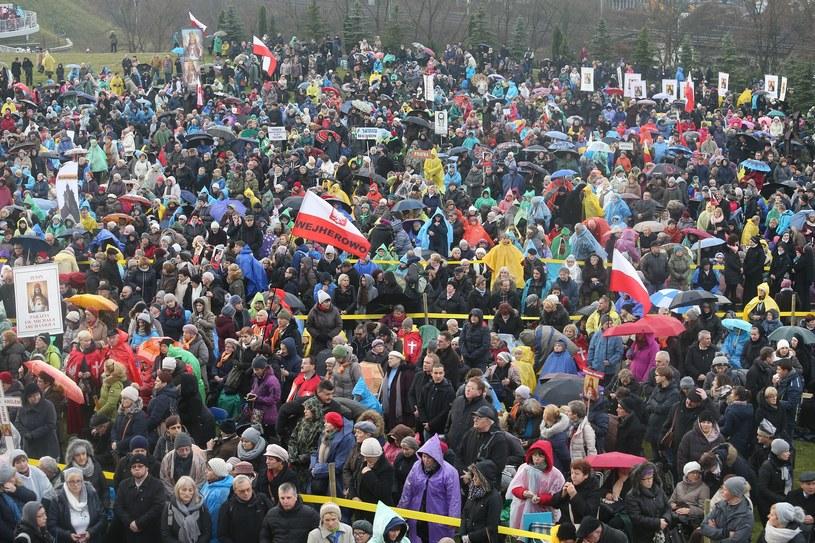 Wierni na uroczystościach w Łagiewnikach /Damian Klamka /East News