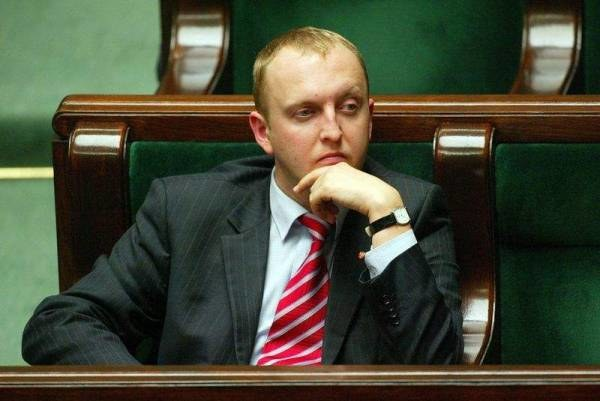 Wierzejski ma swoje zdanie o wpływach gejów w Polsce; fot. J. Żdżarski jr /Agencja SE/East News