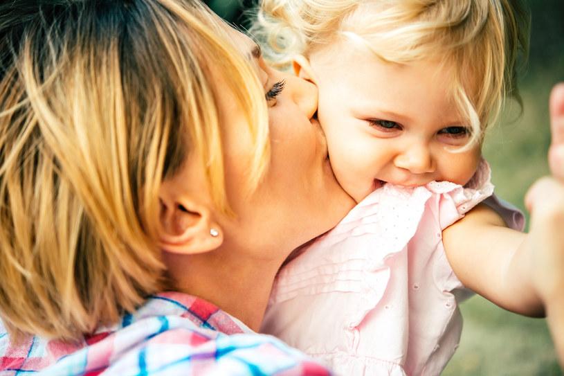 Wiesz, jak zbudować poczucie własnej wartości u swojego dziecka? /©123RF/PICSEL