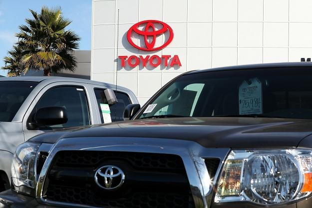 Więszość hybrydowych samochodów Toyota sprzedaje w Ameryce /AFP