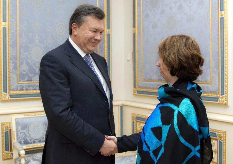 Wiktor Janukowycz (z lewej) na spotkaniu z Catherine Ashton /POOL / ANDREI MOSIENKO /AFP