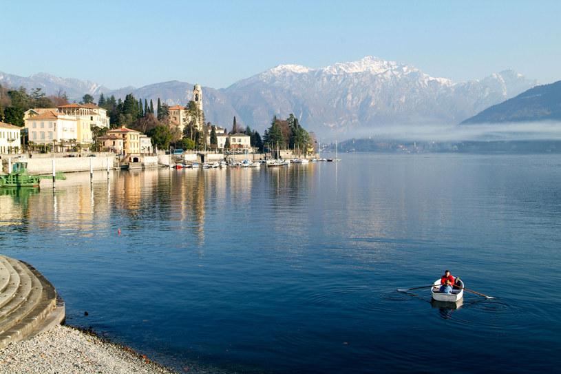 Willa nad którymkolwiek z lombardzkich jezior to synonim luksusu. /©123RF/PICSEL