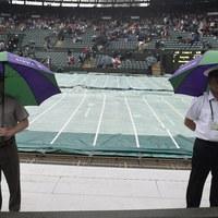 Wimbledon: Ulewa przerwała turniej. Mecz Agnieszki Radwańskiej przełożony