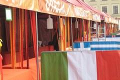 """Wina, sery , szparagi i inne pyszności na festiwalu """"Europa na widelcu"""""""