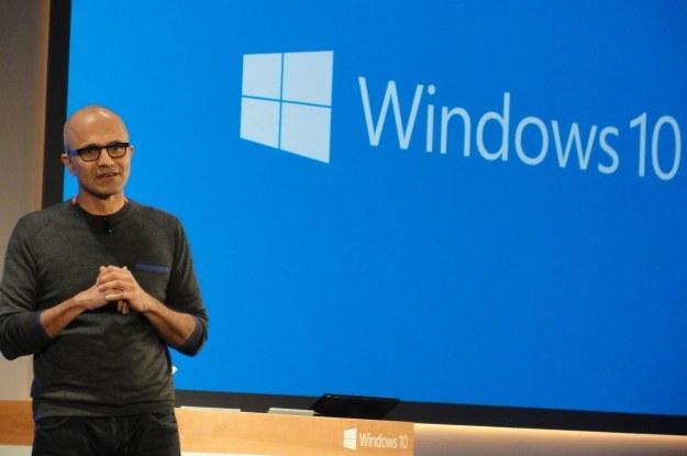 Windows 10 - nadzieja dla smartfonów z systemem Microsoftu /AFP