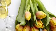 Wiosenne kwiaty w wazonie i ogrodzie. Jak je pielęgnować
