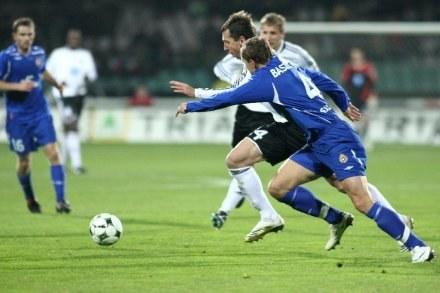 Wisła i Legia to główni faworyci w wyścigu o mistrzostwo Polski /ASInfo
